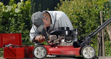Подготовка садово-парковой техники к сезону